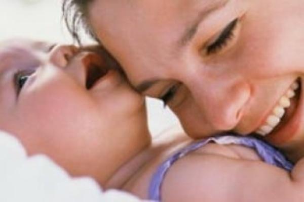 نظر پزشک اطفال در راه افتادن کودک نوپا