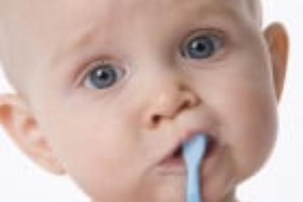 برداشتن پلاک دندانی اطفال
