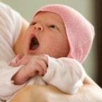 نظر پزشک اطفال درباره سکسکه کودک