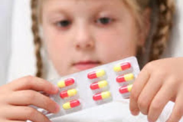 دارو دادن به کودک