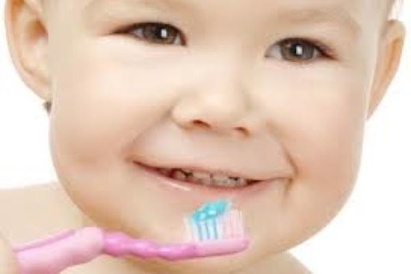 دندانپزشک اطفال درباره کاربرد لیزر اربیوم می گوید!