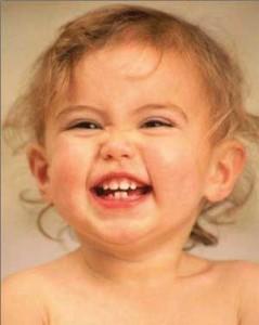 مراقبت از دندان کودکان توسط دندانپزشک اطفال