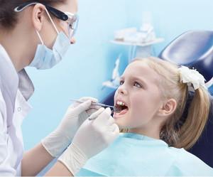 آرامبخشی خفیف توسط دندانپزشک اطفال