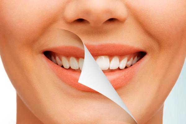 رنگ تاج دندان کودکتان تغییر کرده؟