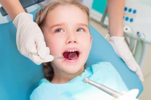 پروفیلاکسی اندوکاردیت به توصیه دندانپزشک اطفال