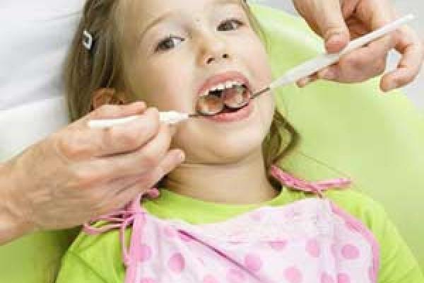 عصب کشی دندان های شیری کودکان
