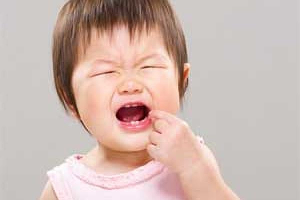 راه های تسکین دندان درد کودکان