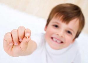 مراقبت های بعد از افتادن دندان کودکان