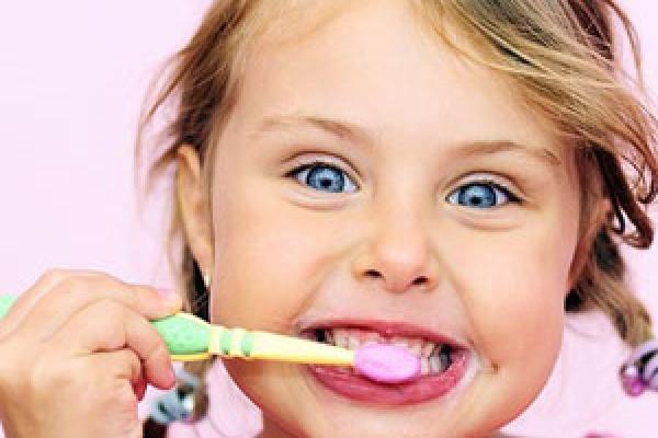 رنگ دندان و بیماری های دهان