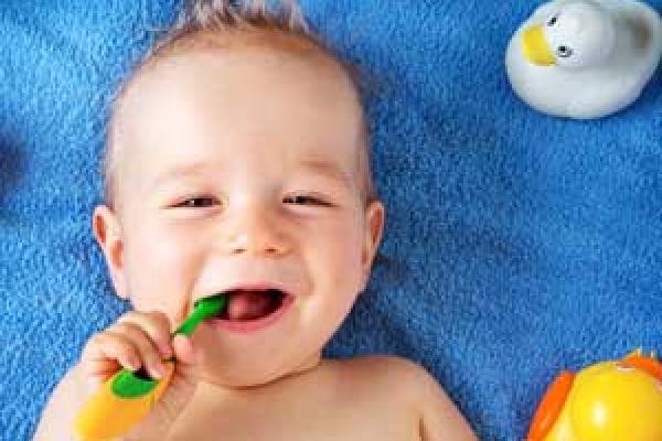چاقی و سلامت دندان کودکان