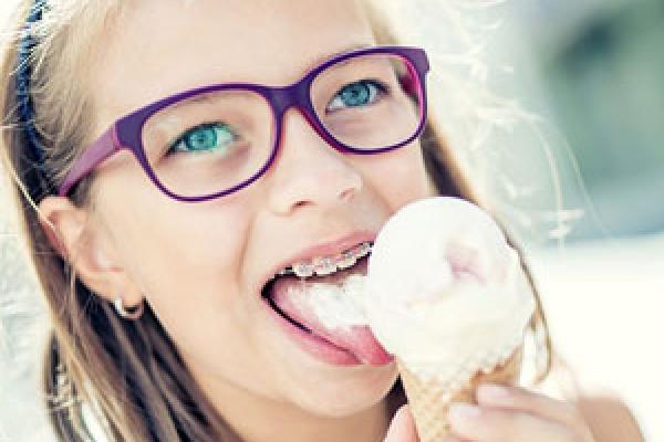 ارتودنسی دندان بچه مدرسه ای ها