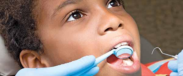 استفاده از روش های درمان پالپ Non-Vital در دندان های شیری